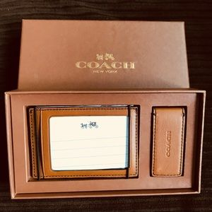 NEW Coach Card Wallet and Money Clip offers accep.